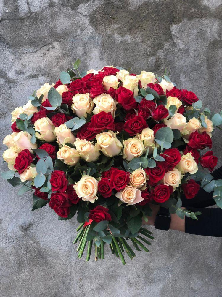 Букет из роз RED CHARMANT