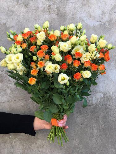 Ziedu pušķis CREAM SPRING