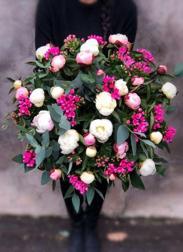 Ziedu pušķis GARDENIA
