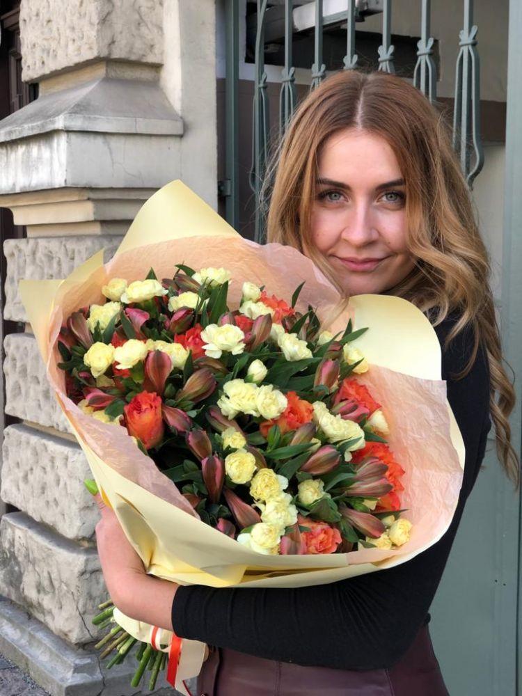 Ziedu pušķis MELLOW YELLOW