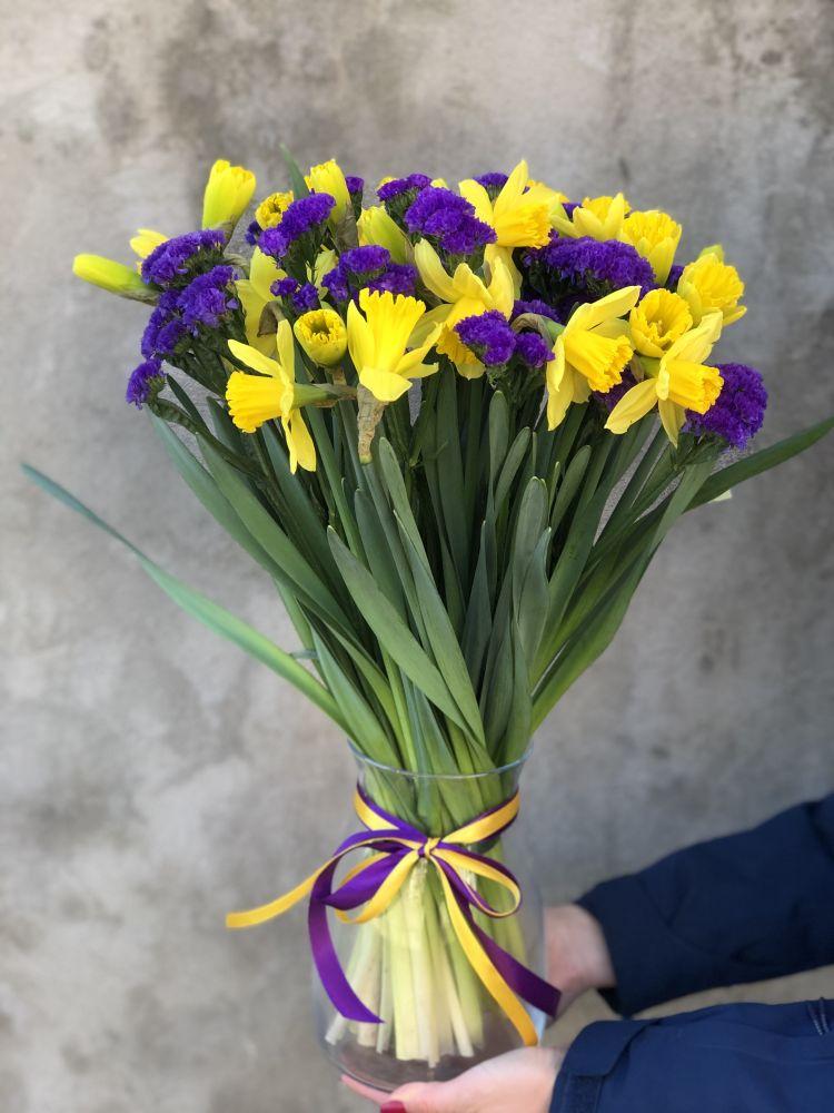 Букет SUNNY SPRING с вазой