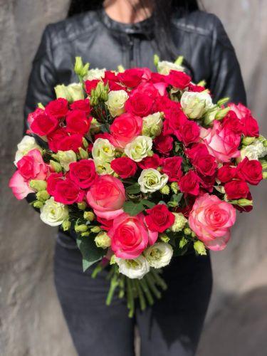 Ziedu pušķis SAKURA