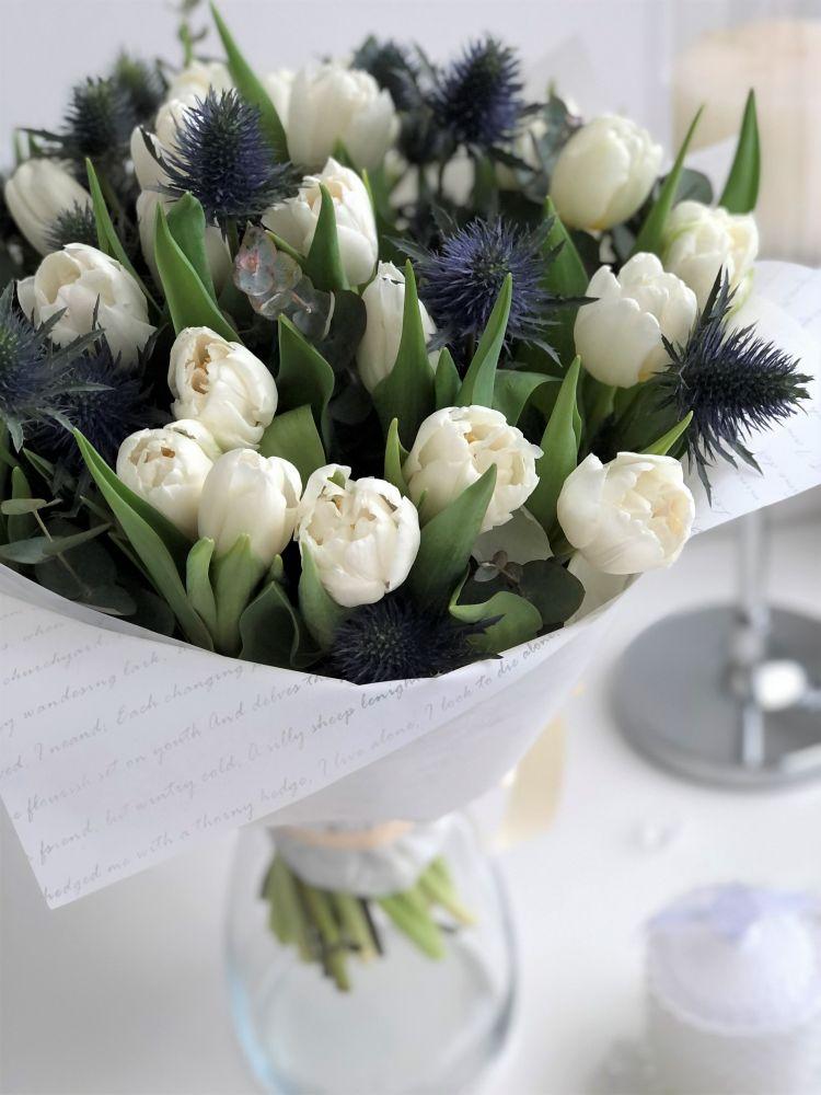 Ziedu pušķis PURE ROMANCE