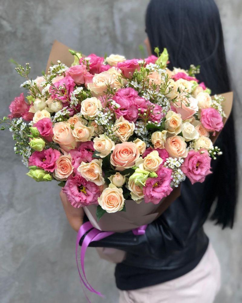 Ziedu pušķis ELIZABETE