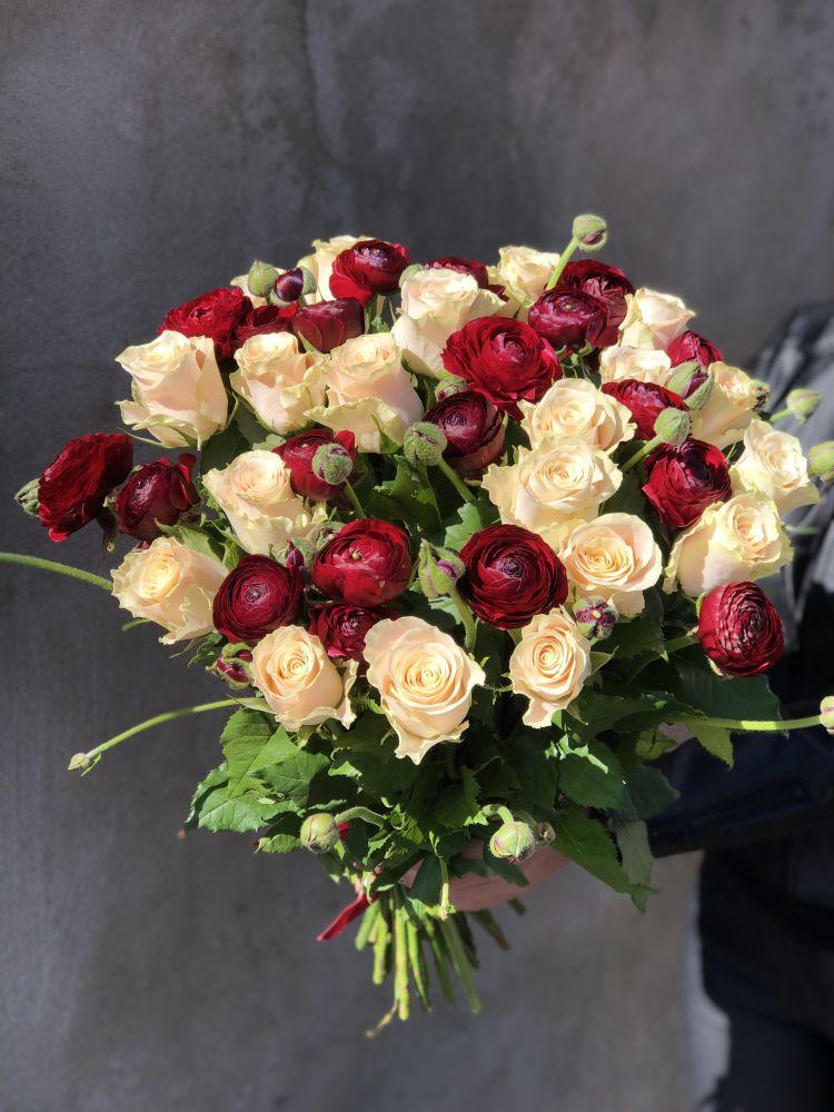Ziedu pušķis BURGUNDY