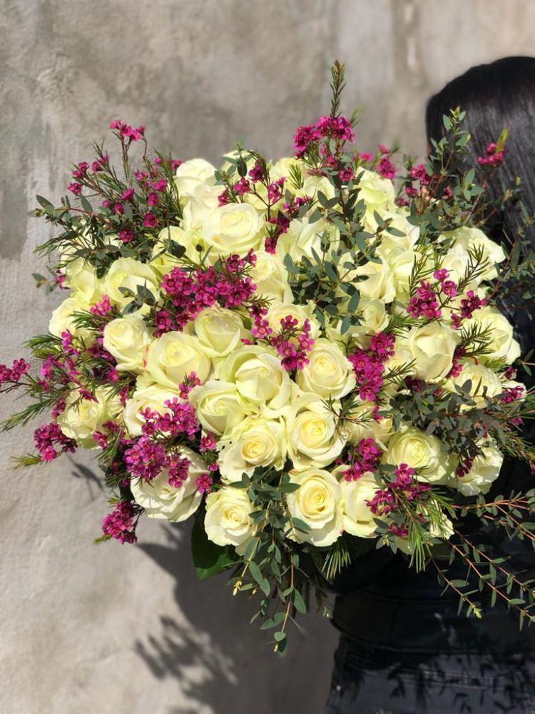 Rožu pušķis SIMPLY STUNNING