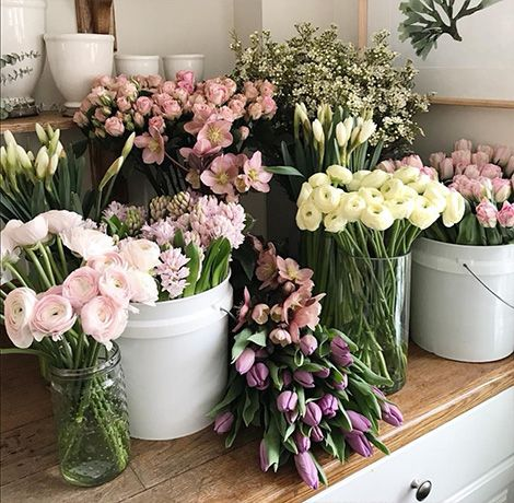 We guarantee high quality fresh flowers